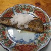 お昼ご飯は、栗ごはんと秋刀魚とお味噌汁の純和風でした。擦り大根もたっぷりかけました。