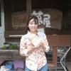 トマト植えをしました。するとあの人が訪ねてきて下さいました。阿蘇の誇る女優でありタレントの甲斐まり恵さんです。