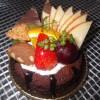 お客様からのご注文があったケーキ用のリボンをつくりました。