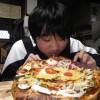 一の宮中学校からの職場体験3日目です。昼食はピザをつくりました。