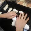 一の宮小学校の皆さんとパン作りで交流学習をました。歌の披露もあり、皆で楽しく過ごしました。初雪の寒い中、お疲れさまでした。