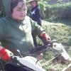 パン作りの合間にジャガイモ植えの準備で耕運機で耕してから畝づくりをしました。