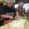 小国支援学校高等部から現場実習きました。今日から5日間です。粉計りや買物、お好み焼きづくりとハリキッてくれました。