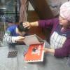 ユウコさんは、『地球の食卓』という本に夢中です。パンもこんな感じで焼き上がっています。