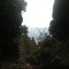 阿蘇の開拓神である健磐龍命(たけいわたつのみこと)が弓矢の練習の際に的にした岩とされる『的石』に行ってきました。