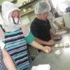 小国支援学校からの現場実習第2日~パン作りを中心に取り組みました。
