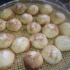 最近、メロンパンが人気です。コウキさんは『竹取物語』の本が大好きです。