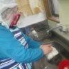 阿蘇の山にはちらほら雪が見えます。いつもどおり皆でパン作りなどの活動をやってます。